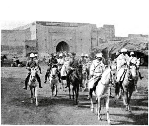 Zaian War - Image: Mangin enters Marrakesh (September 1912)