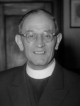 Martin Niemöller - Niemöller at St. James' Church, The Hague, in May 1952.