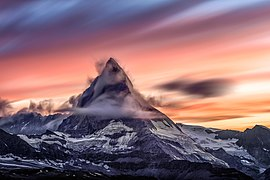 Matterhorn sunset 2016 (Unsplash).jpg