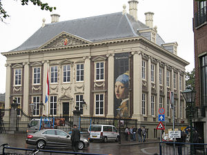 Girl with a Pearl Earring - Mauritshuis in The Hague, 2011.
