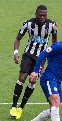 Mbemba and Hazard (cropped).jpg
