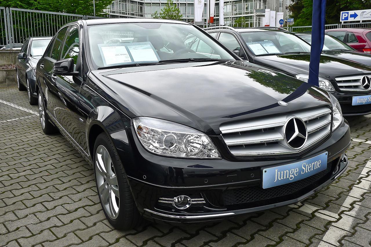 File:Mercedes Benz Germany.jpg - Wikimedia Commons