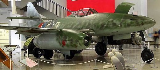 Hans Guido Mutke's Me 262 A-1a/R7 on display at the Deutsches Museum Messerschmitt Me 262.jpg