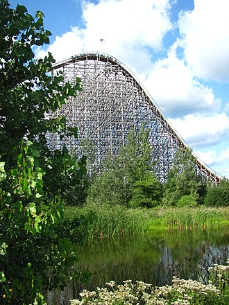 Michigan's Adventure - View of Shivering Timbers' initial drop
