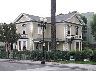 Downtown Santa Ana Historic Districts - Image: Minter House 01