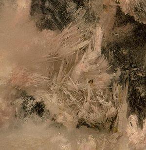 Montmorillonite-Quartz-pala19d.jpg