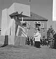 Monument voor Parachutisten in Driel, Bestanddeelnr 912-9418.jpg