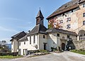 Moosburg Schloss 1 Schlosskapelle und Portal SO-Ansicht 02102017 1300.jpg