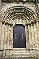 Mosteiro de San Lourenzo de Carboeiro - Monasterio de San Lorenzo de Carboeiro - Monastery of Carboeiro - Exterior - 04 - Porta da nave central.jpg