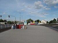 Nádraží Veleslavím (metro), vstup (003).jpg