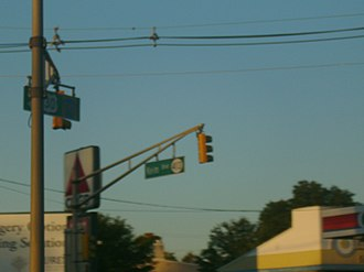New Jersey Route 413 - Overhead sign for Route 413 at U.S. Route 130 intersection.