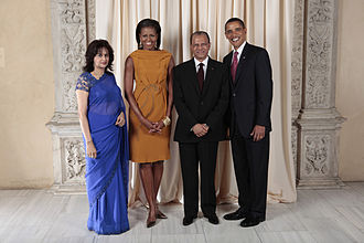 Mauritius–United States relations - Prime Minister of Mauritius Dr. Navin Ramgoolam and his wife Veena Ramgoolam with the President of the United States Barack Obama and First Lady Michelle Obama.
