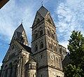 Neuromanische Herz-Jesu-Kirche aus dem Jahr 1903 - panoramio.jpg