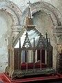 Noyon (60), cathédrale Notre-Dame, déambulatoire, chapelle rayonnante sud-est (Saint-Médard), châsse à reliques.jpg