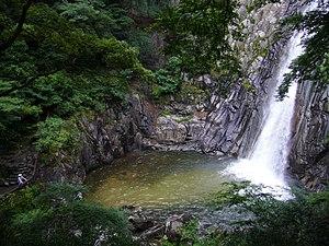 布引の滝(兵庫県神戸市)