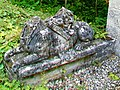 Ognon (60), parc d'Ognon, sphinx près des gloriettes.jpg