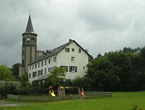 Orcines-Eglise3.jpg
