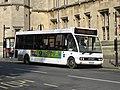 Oxford - Thames Travel 253 (15740516114).jpg