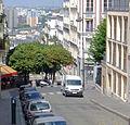 P1260995 Paris XVIII rue du Mont-Cenis rwk.jpg