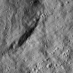PIA20389-Ceres-DwarfPlanet-Dawn-4thMapOrbit-LAMO-image35-20160102.jpg