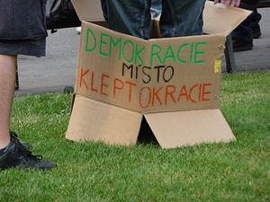 Kleptocracy - Image: Pacifické shromáždění v Brně za Skutečnou Demokracii TEĎ (03)