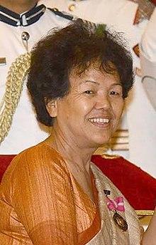 First Woman to Climb Mt. EverestBachendri Pal