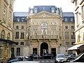 Palais-Royal - Rue de Valois - Place de Valois, Paris 1.jpg