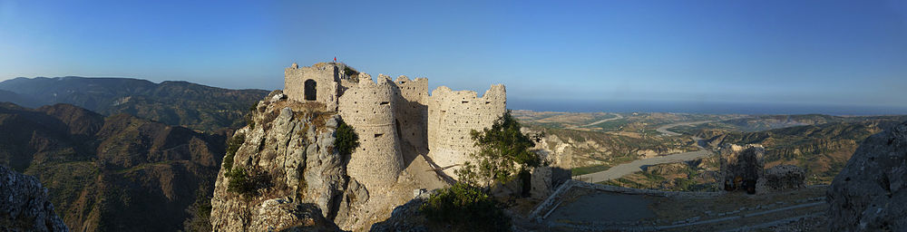 Panorama castello normanno 2012.jpg