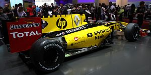 Snoras - Snoras logo on Renault F1