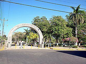 Carrillo (canton) - Image: Park filadeflfia