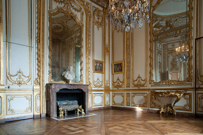 This is versailles chamber of the golden plates for Appartement petit