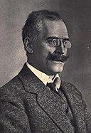 Knut Hamsun: Age & Birthday
