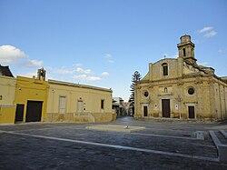 Piazza San Nicola Squinzano.jpg