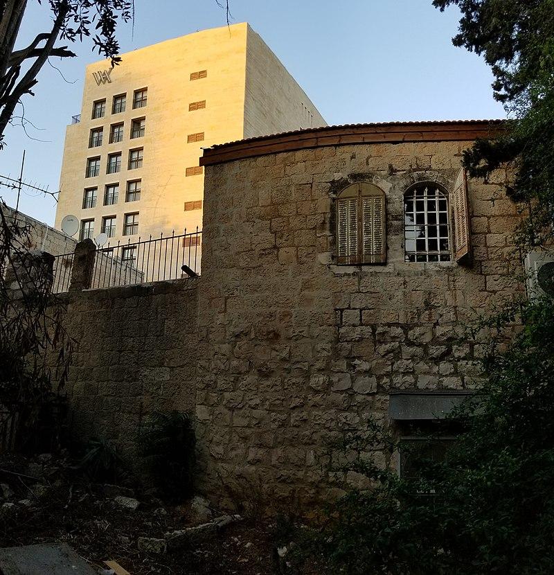 מחנה ישראל חצר לורנצו ירושלים