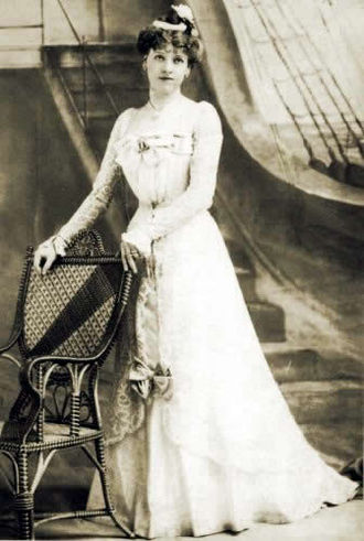 H.M.S. Pinafore - Ruth Vincent as Josephine in 1899