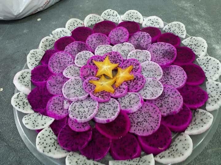 Pitaya tray