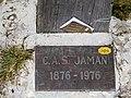 Plaque pied de la Croix Dent de Jaman.jpg