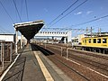 Platform of Nishi-Karatsu Station 3.jpg