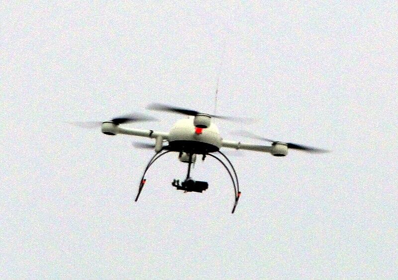 File:Polizei-Drohne Sensocopter 2011.jpg