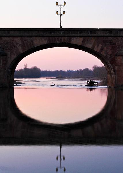 File:Pont Regemorte, Moulins sur Allier Par David POMMIER.jpg