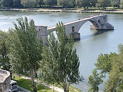 Pont d'Avignon from above.JPG