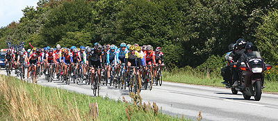 The peloton near Randers on stage 2