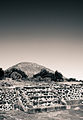 Postal Pirámide del Sol.jpg