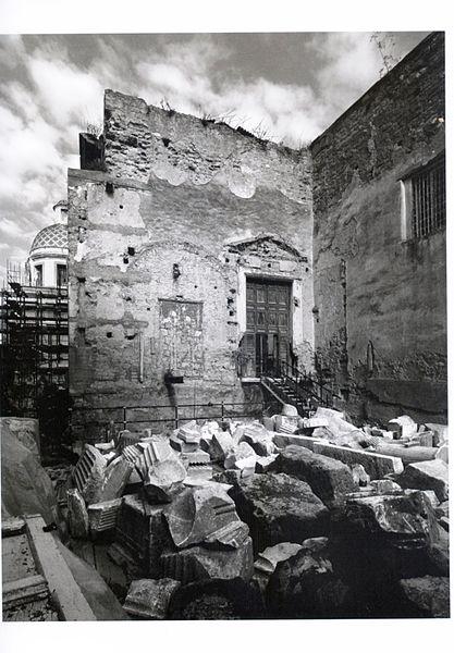 File:Pozzuoli tempio duomo 04.jpg