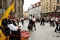 Praha, Staré Město, Prašná brána, belgické tance.JPG