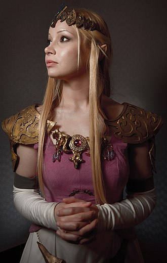 Hard and soft light - Artificial soft light from a beauty dish is used in this cosplay portrait of Princess Zelda