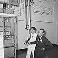 Prins Bernhard bezocht reactorcentrum Petten, de Prins tijdens rondgang, Bestanddeelnr 917-2078.jpg
