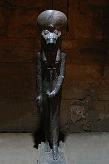 Sekhmet statues