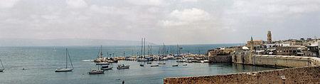 ميناء عكا، أحد أهم موانئ فلسطين التاريخية، تم ذكره لأول مرة بعد الغزو المصري لفلسطين عام 525 ق.م [102].