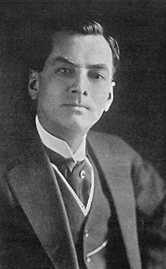 Manuel Luis Quezon y Molina during his tender years Quezon.jpg